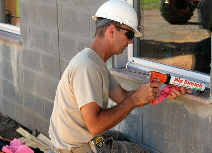 best caulking gun